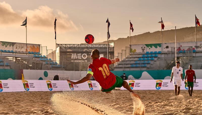 НА ЖИВО: Плажен футбол финали